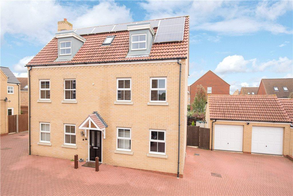 5 Bedrooms Detached House for sale in Langlands Road, Bedford, Bedfordshire