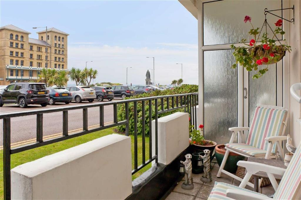 3 Bedrooms Apartment Flat for sale in Ashley Court, Hove, East Sussex