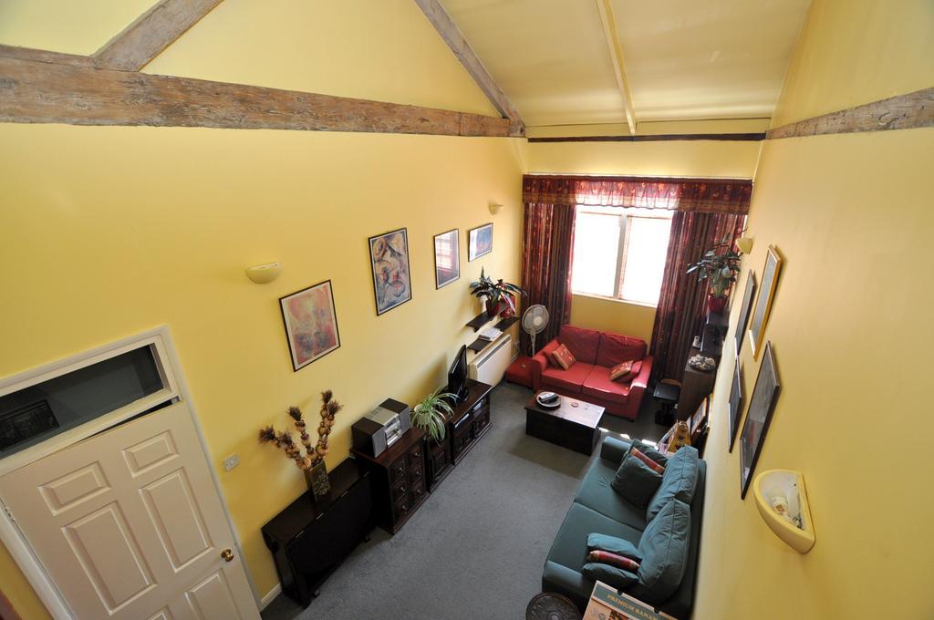 1 Bedroom Apartment Flat for sale in Silks Way, Braintree