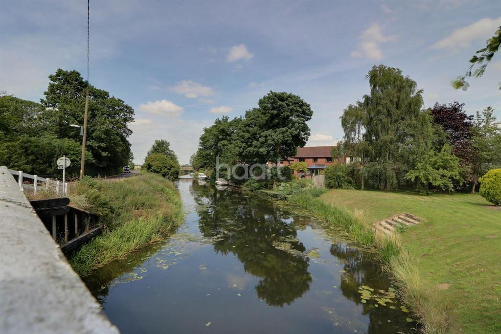 Land Commercial for sale in Benwick