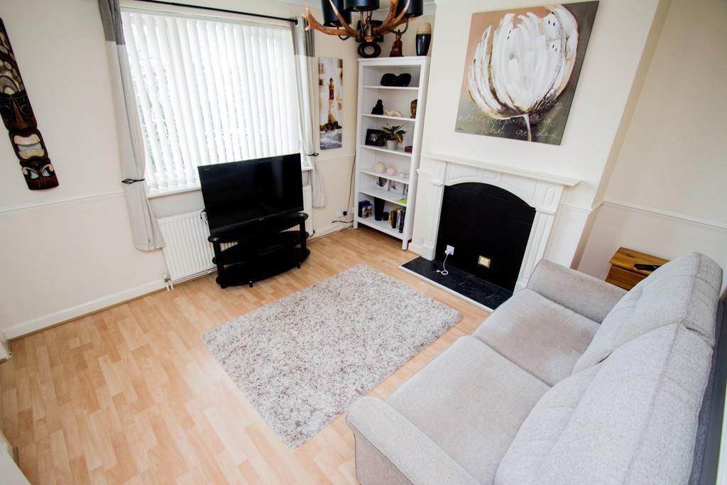 1 Bedroom Flat for sale in Meadow Court, Winton, BH9