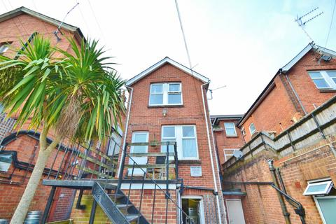 2 bedroom flat to rent - Lower Parkstone