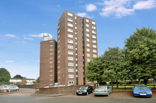 1 Bedroom Flat for sale in Falmouth Road, Leicester LE5