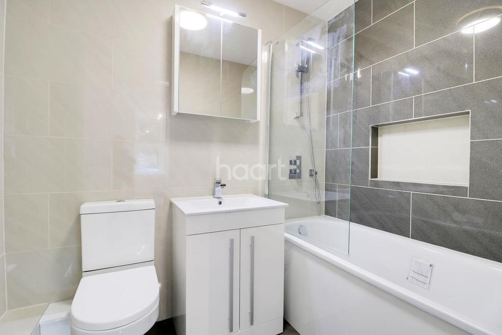2 Bedrooms Maisonette Flat for sale in Byron Road, HA3