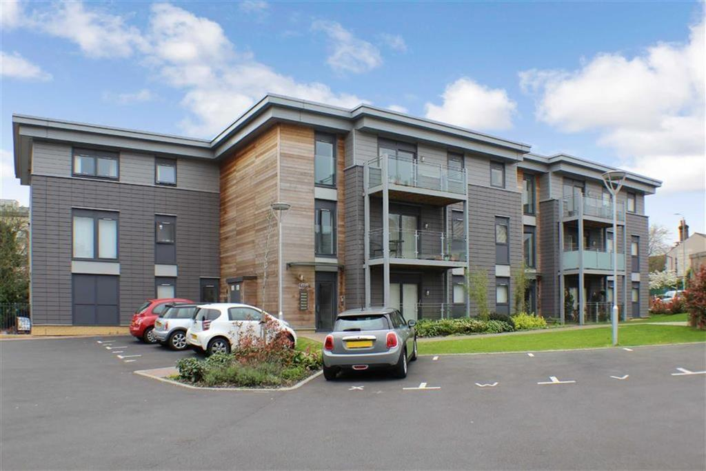 2 Bedrooms Flat for sale in Newsom Place, St Albans, Hertfordshire