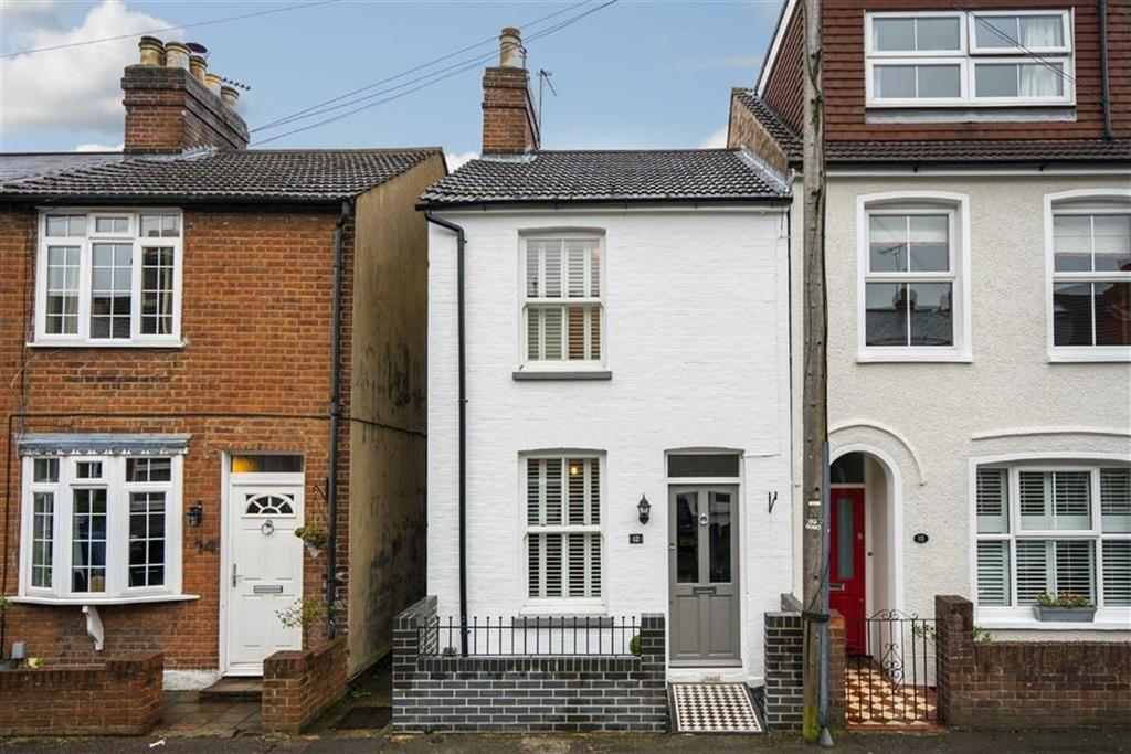 3 Bedrooms Semi Detached House for sale in Upper Heath Road, St Albans, Hertfordshire