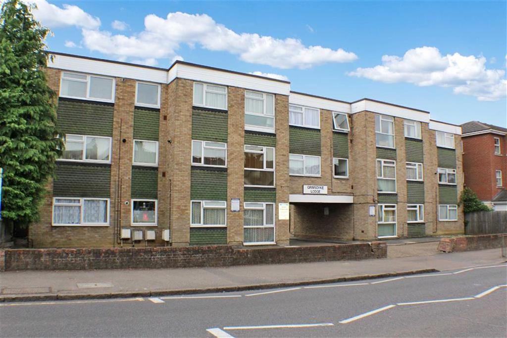 1 Bedroom Flat for sale in Grimsdyke Lodge, St Albans, Hertfordshire