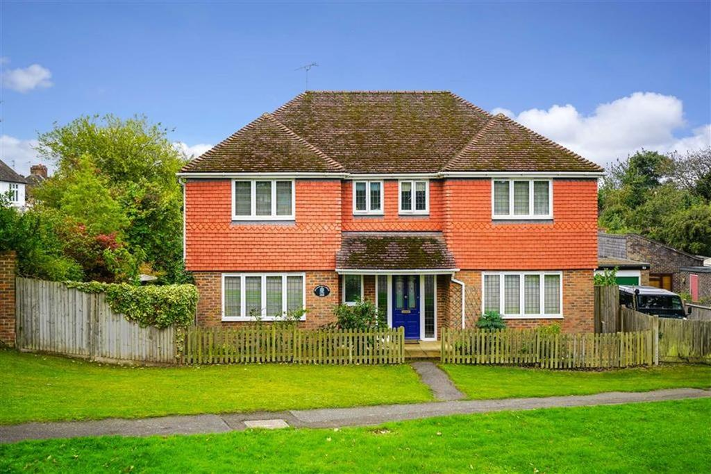 4 Bedrooms Detached House for sale in Green Lane, St Albans, Hertfordshire