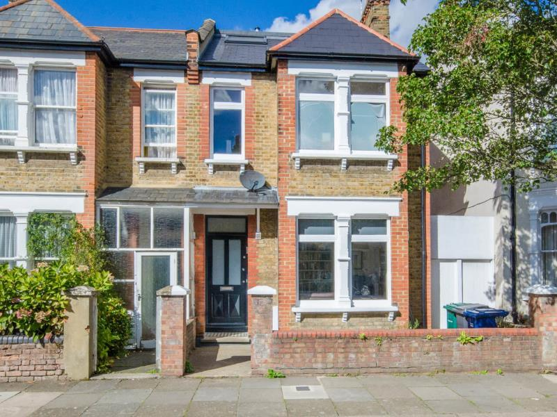 5 Bedrooms Semi Detached House for sale in Bedford Road, N2