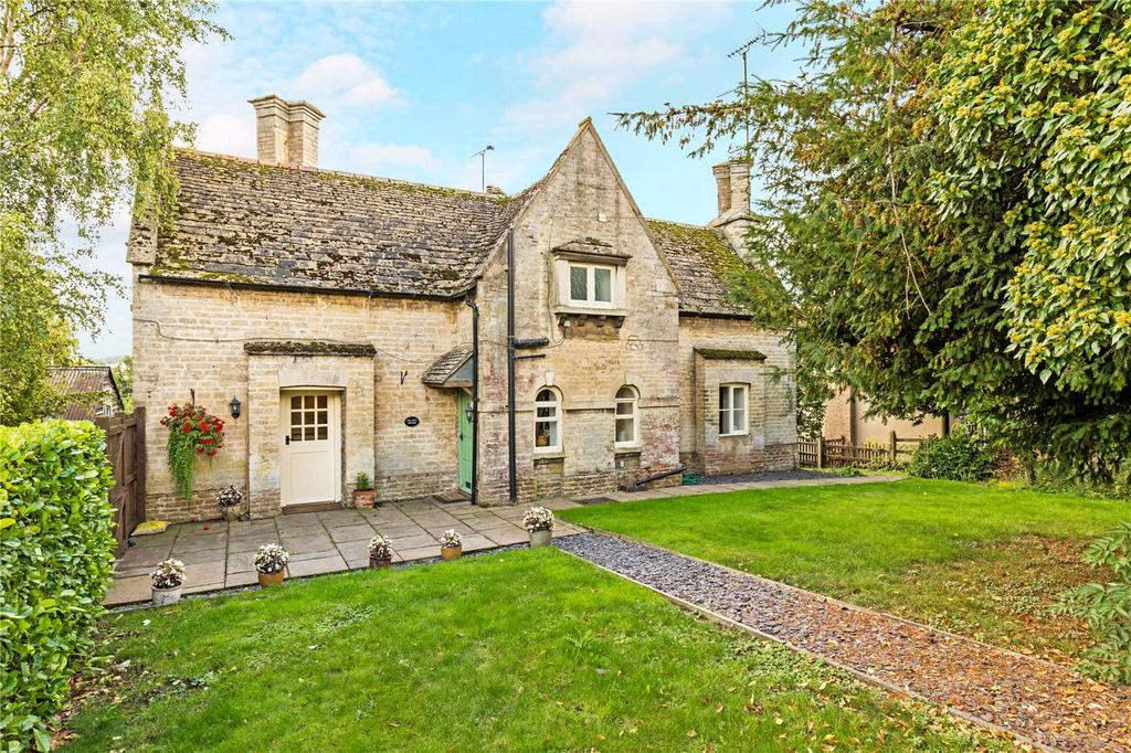 2 Bedrooms Semi Detached House for sale in Yew Tree Cottage, 5 Main Street, Tinwell, Stamford, PE9