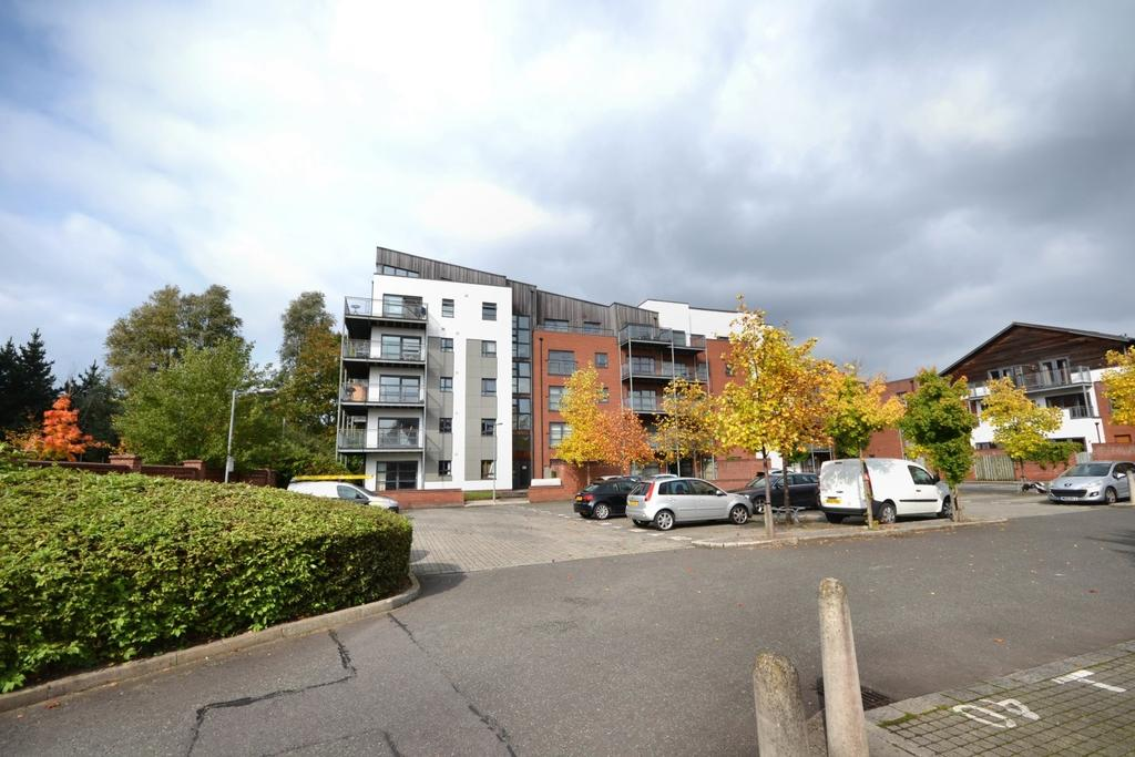 2 Bedrooms Apartment Flat for sale in Montmano Drive, West Didsbury