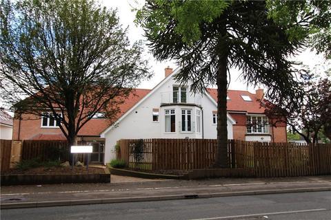 Studio to rent - Manor View Court, White Lion Road, Amersham, Bucks, HP7