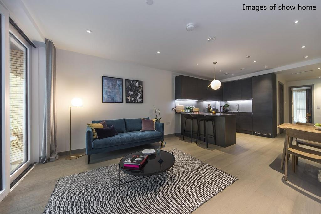 2 Bedrooms Flat for sale in The Taper Building, Long Lane, London Bridge