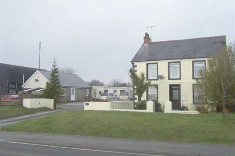 4 bedroom property with land for sale - Llanteg, Narberth, Pembrokeshire
