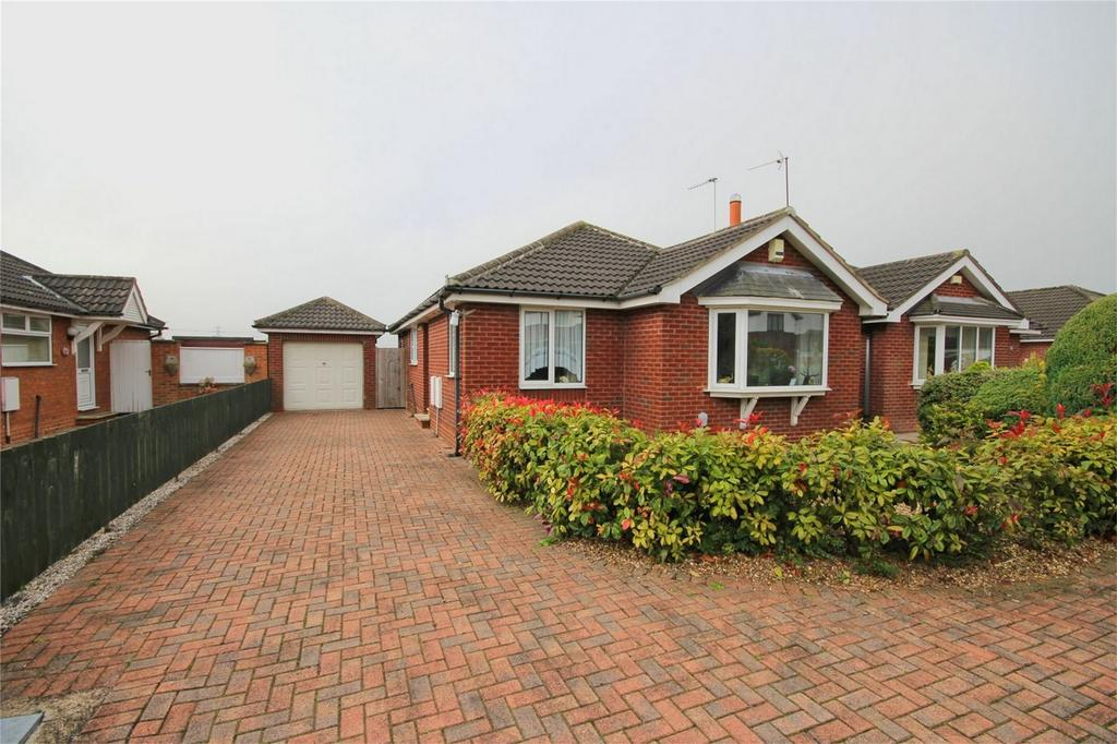 3 Bedrooms Detached Bungalow for sale in White House Walk, Dunswell, Hull, East Riding of Yorkshire