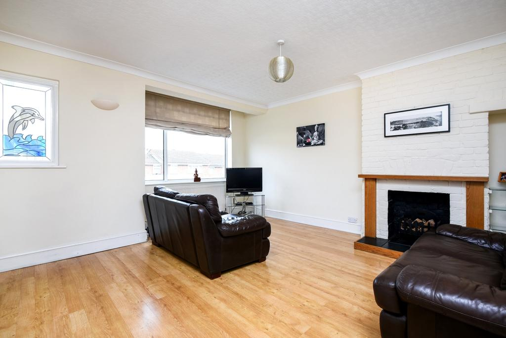 3 Bedrooms End Of Terrace House for sale in Grove Road Bexleyheath DA7