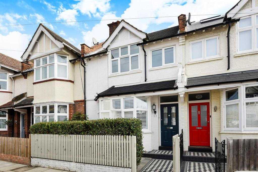 2 Bedrooms Flat for sale in Tranmere Road, Earlsfield