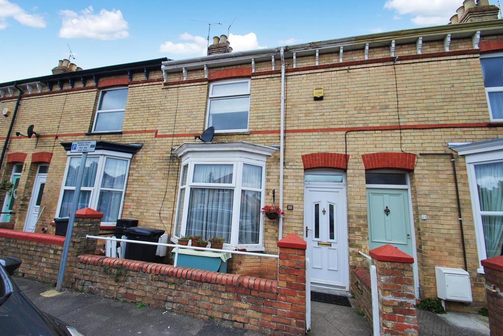 3 Bedrooms Terraced House for sale in Eastleigh Road, Taunton
