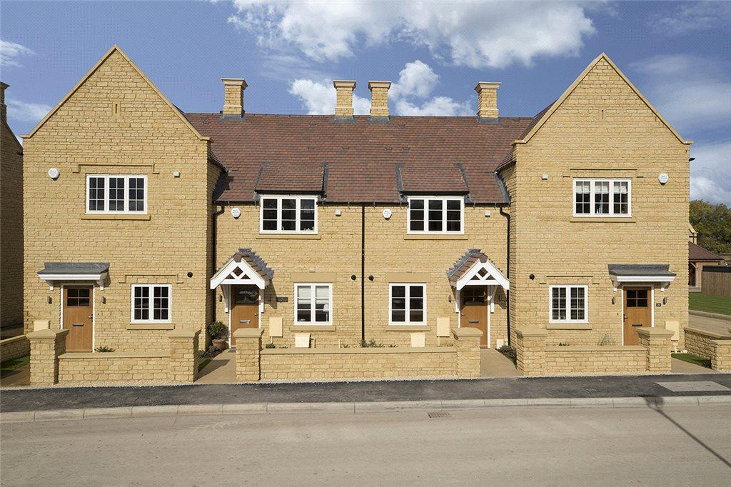 2 Bedrooms Terraced House for sale in Highworth, Leamington Road, Broadway, Worcestershire, WR12