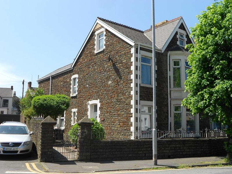 4 Bedrooms End Of Terrace House for sale in Tanygroes Street, Port Talbot, Neath Port Talbot.