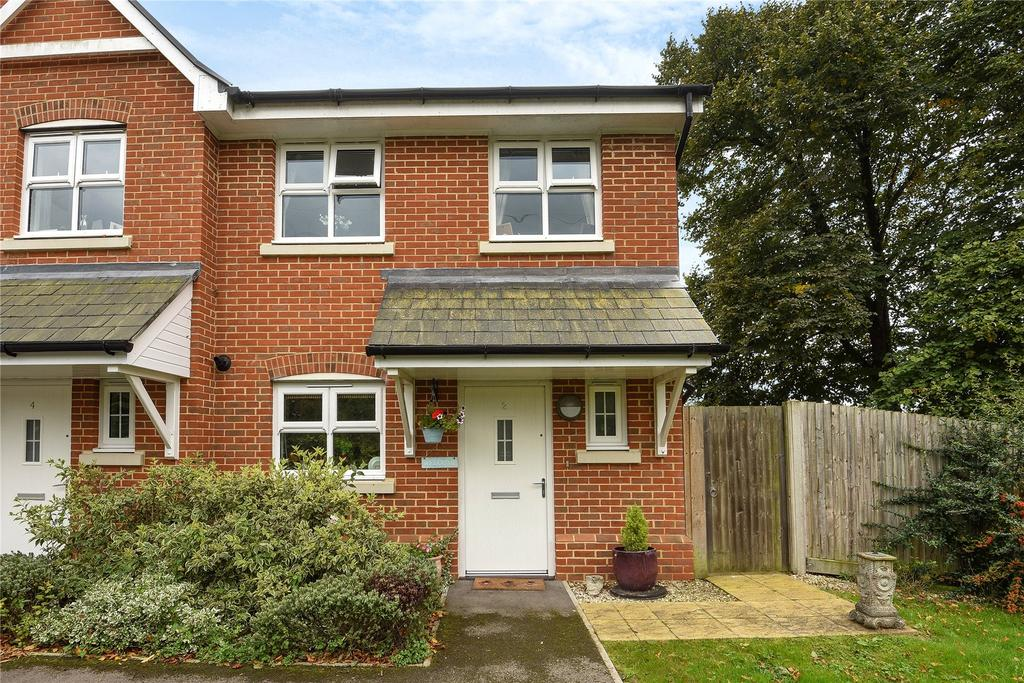 3 Bedrooms Semi Detached House for sale in Broadwey, Weymouth, Dorset