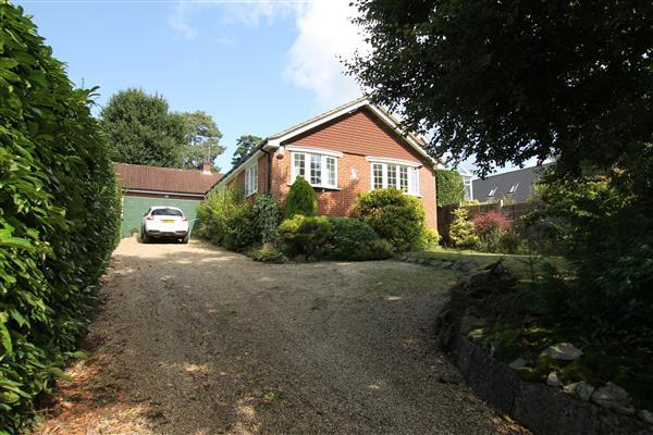 Detached House for sale in Fairview Road, Headley Down, Headley Down