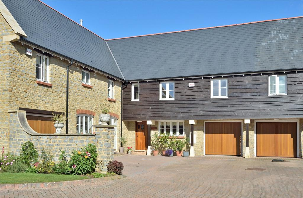 4 Bedrooms House for sale in Bazzleways Close, Milborne Port, Sherborne, Dorset