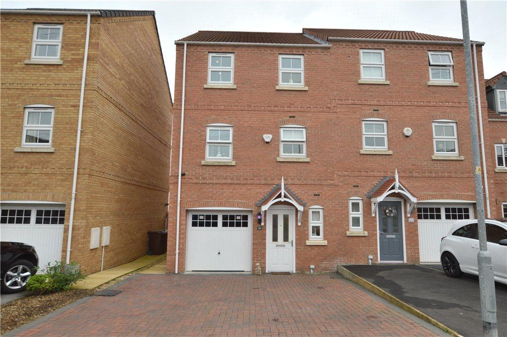4 Bedrooms Semi Detached House for sale in Springfield Road, Lofthouse, Wakefield, West Yorkshire