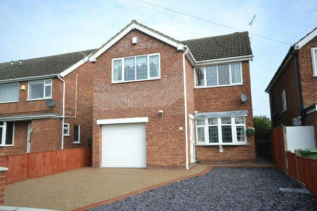 4 Bedrooms Detached House for sale in The Cloisters, Grimsby