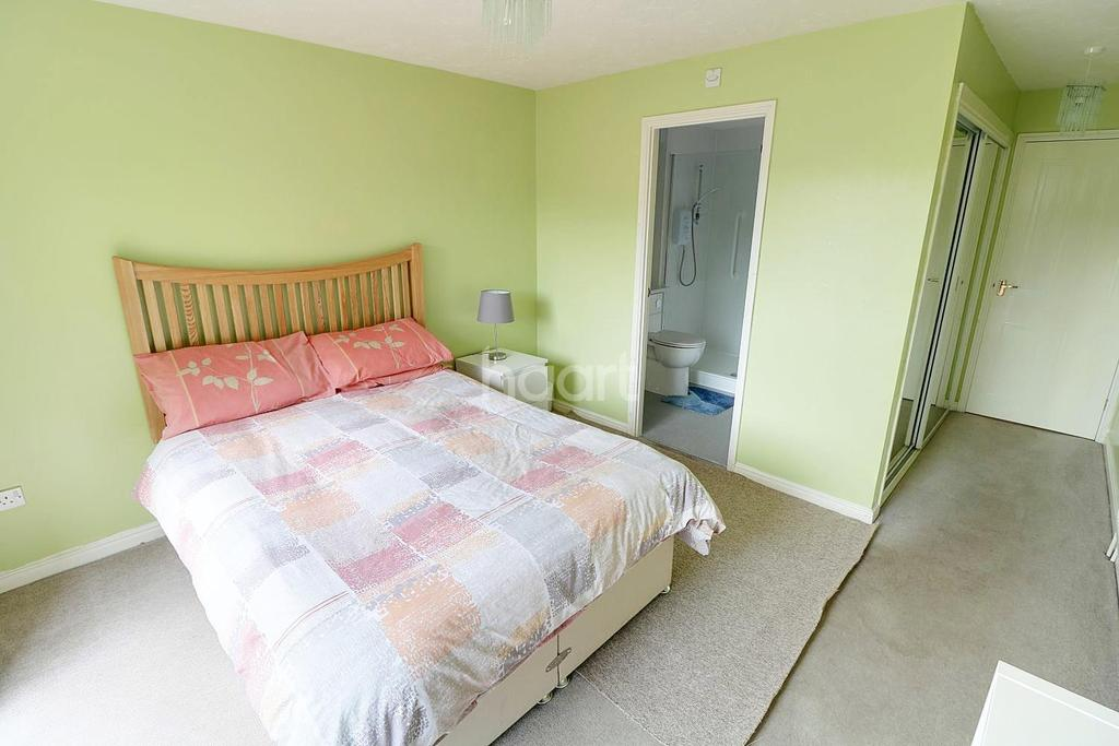 1 Bedroom Flat for sale in Holywell Close, St Annes Park, Bristol