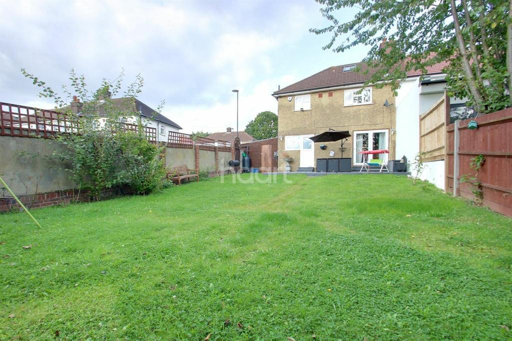 3 Bedrooms Semi Detached House for sale in Biggin Way, Upper Norwood, SE19