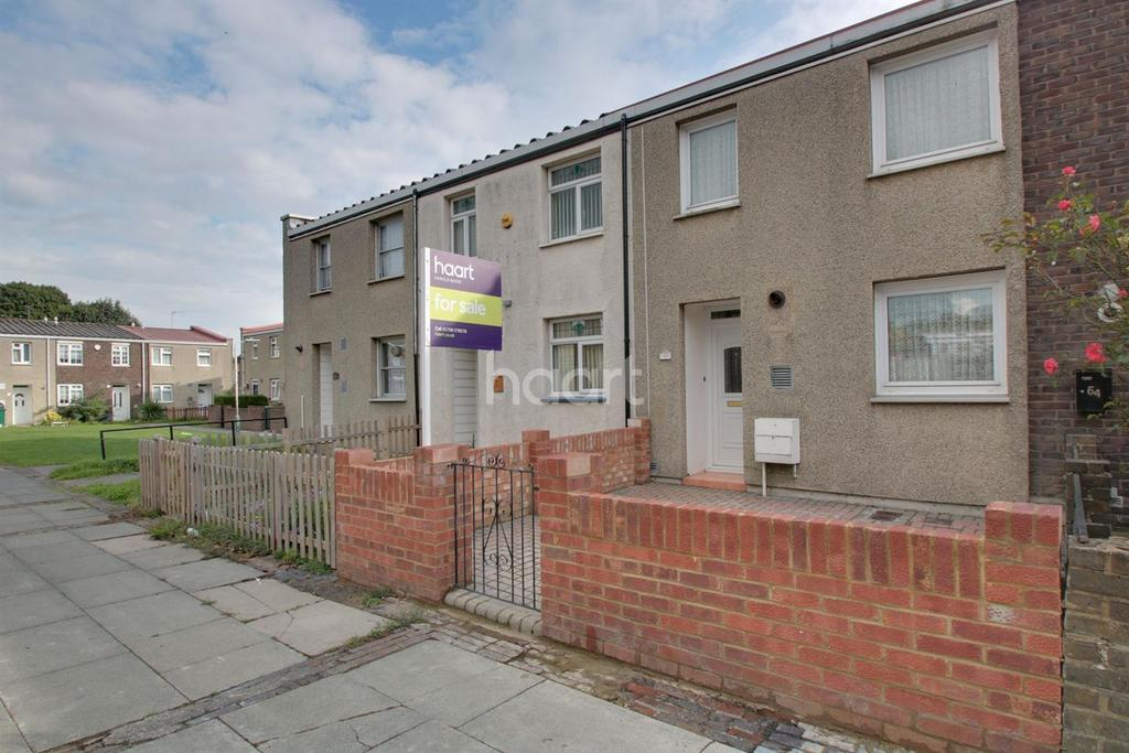 2 Bedrooms Terraced House for sale in Lucerne Way, Harold Hill
