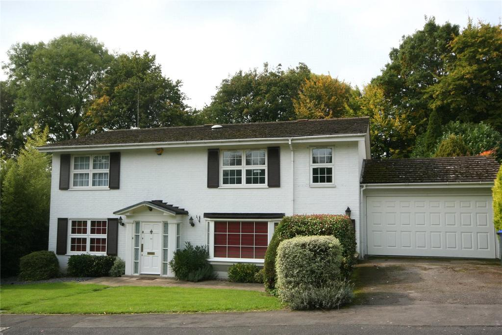 5 Bedrooms Detached House for sale in St Huberts Close, Gerrards Cross, Buckinghamshire