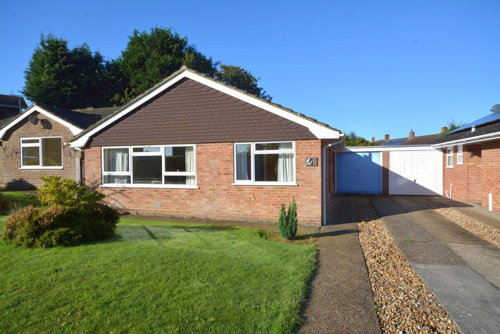 3 Bedrooms Detached Bungalow for sale in Pulborough