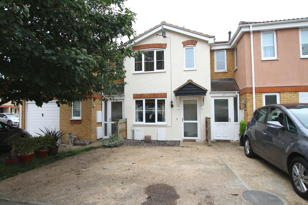 2 Bedrooms Terraced House for sale in Riverdown, March