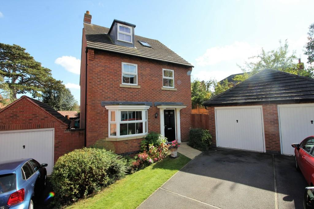 4 Bedrooms Detached House for sale in Walnut Gardens, East Leake