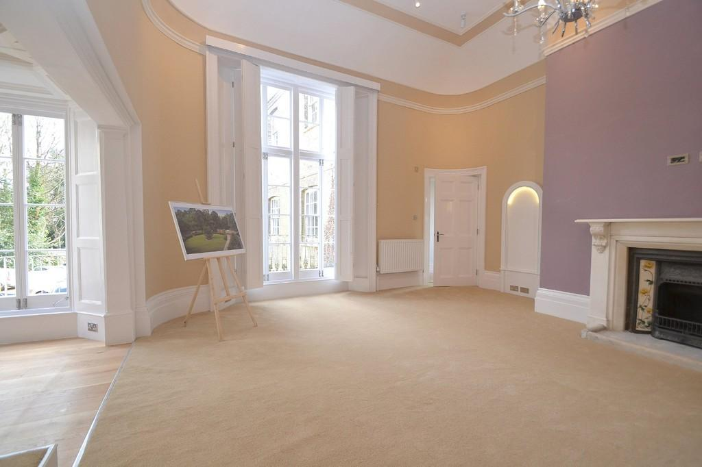 2 Bedrooms Apartment Flat for sale in New Street, Chelmsford, CM1 1NE