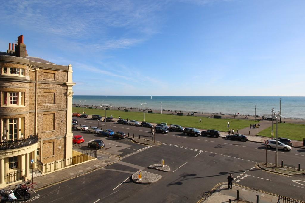 1 Bedroom Apartment Flat for sale in Lansdowne Place, Hove, BN3 1HB