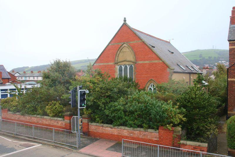 5 Bedrooms Cottage House for sale in Marine Road, Prestatyn