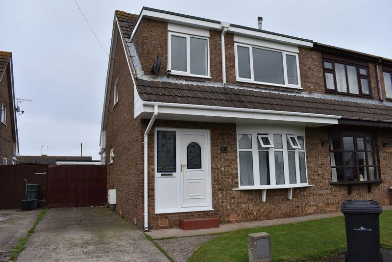 3 Bedrooms Semi Detached House for sale in Gors Road, Towyn