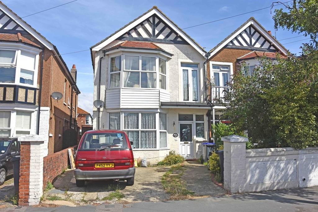 5 Bedrooms Semi Detached House for sale in Church Walk, Worthing