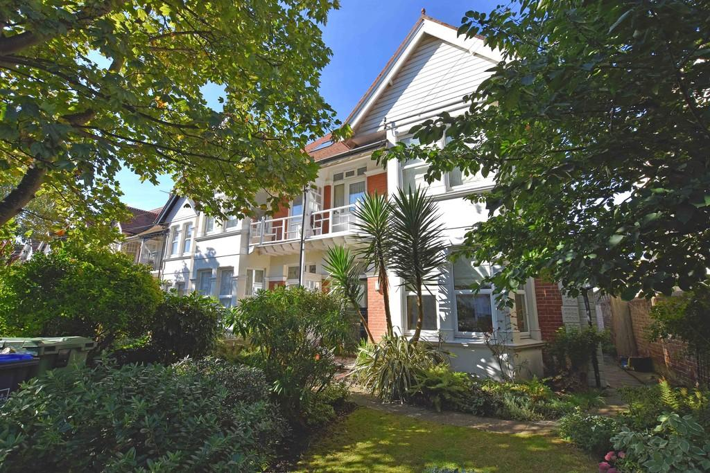 1 Bedroom Apartment Flat for sale in St. Georges Road, Worthing