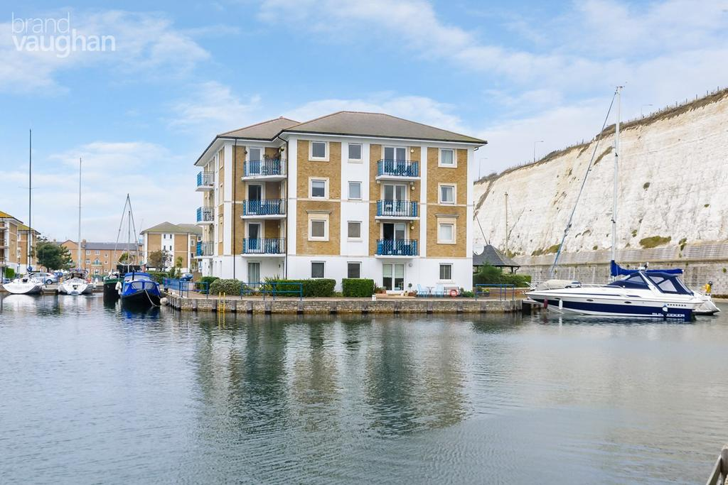 2 Bedrooms Apartment Flat for sale in Victory Mews, The Strand, Brighton Marina Village, Brighton, BN2
