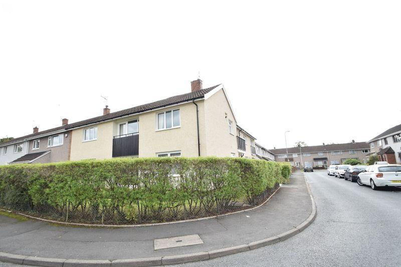 2 Bedrooms Apartment Flat for sale in Manorbier Drive, Llanyravon, Cwmbran