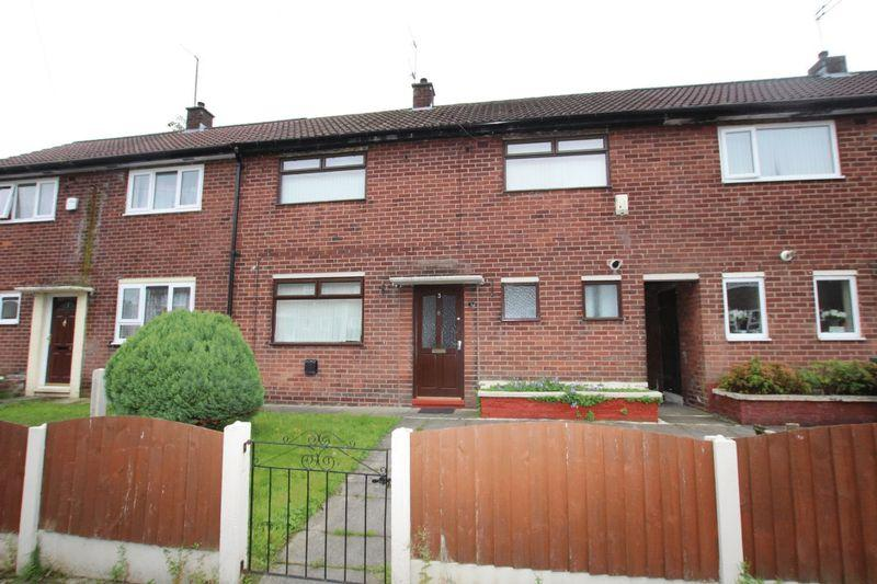 2 Bedrooms Terraced House for sale in Kingswood Road, Middleton M24 6FU