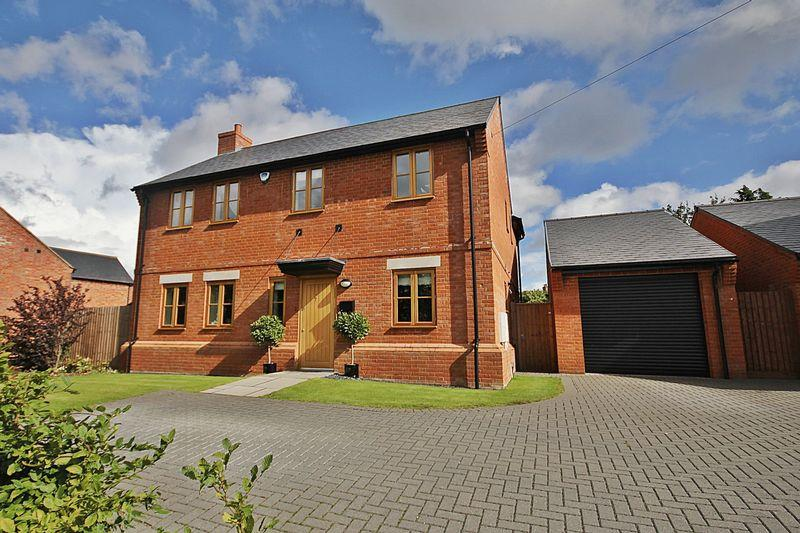 4 Bedrooms Detached House for sale in Church Road, Pulloxhill