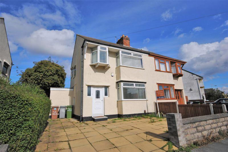 3 Bedrooms Semi Detached House for sale in Digg Lane, Moreton