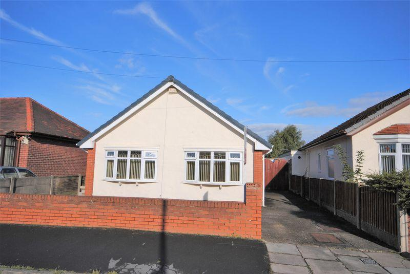 3 Bedrooms Detached Bungalow for sale in Eleanor Road, Moreton