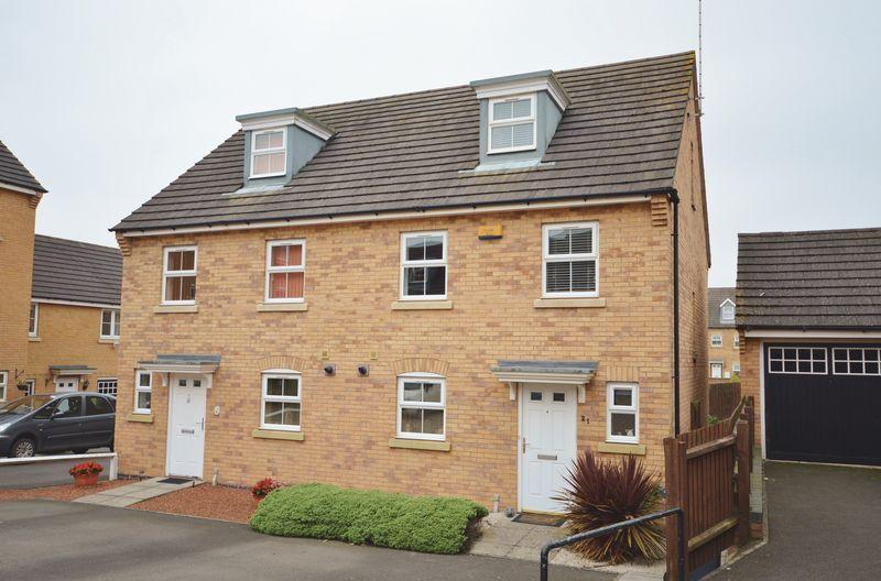3 Bedrooms Semi Detached House for sale in Newbury Close, Oakley Vale, Corby