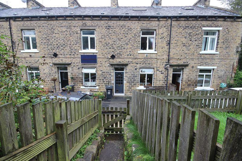 3 Bedrooms Terraced House for sale in Hope Street, Sowerby Bridge